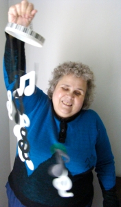 Peggy Swings Wind Chimes for a Ringtone
