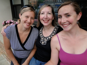 Carol O' Sullivan (center) with her daughters Lindsay (left) and Kelsey (right)